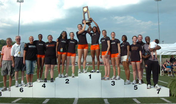 Wartburg College Selected as 2009 Division III Women's Track and Field Scholar Team of the Year
