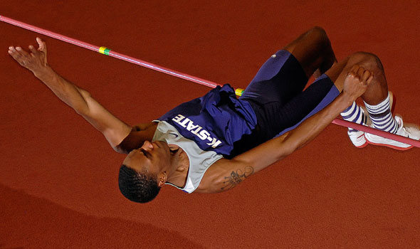 Collegiate Track & Field Weekend Review: February 14, 2011; Kynard With Huge Jump
